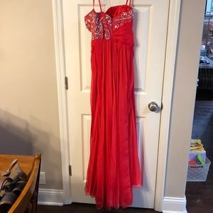 Mac Duggal Dresses - Mac Duggal beautiful red prom dress!